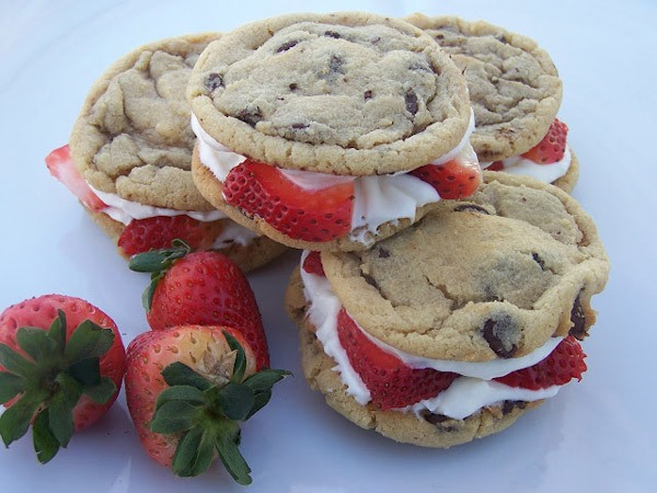 Strawberry Cheesecake Chocolate Chip Cookie Sandwiches