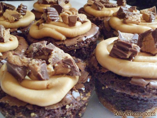 Reeses Peanut Butter Cup Brownie Cupcakes