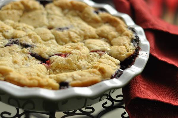 baked berry pie