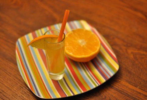 Package Juice Alternative: Citrus Spritzers