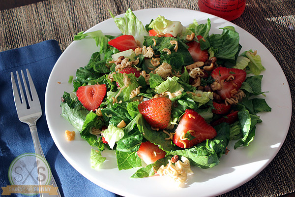 Crunchy Walnut Strawberry Salad